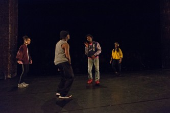 Claricia Kruithof, William Freeman, Storyboard P Mele Broomes dancing on stage