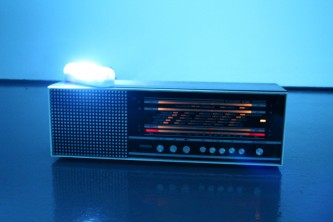 Elegant 6390 Radio with a fluorescent light on the top