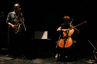 John Butcher and Michael Moser playing saxophone and cello at MLFC 07