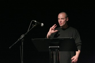 Craig Dworkin gives a reading